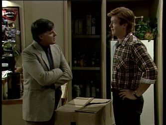 Tom Ramsay, Clive Gibbons in Neighbours Episode 0279