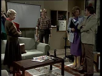 Helen Daniels, Clive Gibbons, Madge Bishop, Tom Ramsay in Neighbours Episode 0279