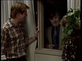 Clive Gibbons, Tom Ramsay in Neighbours Episode 0279
