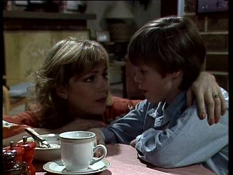 Andrea Townsend, Bradley Townsend in Neighbours Episode 0280