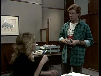 Debra Fleming, Clive Gibbons in Neighbours Episode 0280