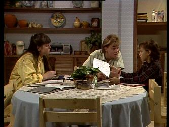 Nikki Dennison, Scott Robinson, Lucy Robinson in Neighbours Episode 0281
