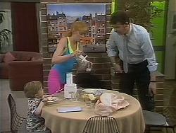 Jamie Clarke, Melanie Pearson, Des Clarke in Neighbours Episode 1114