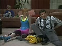 Jamie Clarke, Melanie Pearson, Des Clarke in Neighbours Episode 1115
