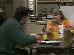 Matt Robinson, Lee Maloney in Neighbours Episode 1116