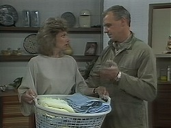 Beverly Marshall, Jim Robinson in Neighbours Episode 1116