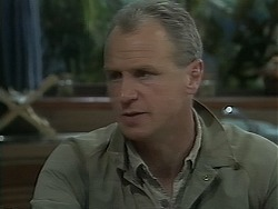 Jim Robinson in Neighbours Episode 1116