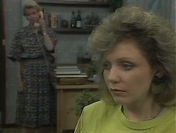 Helen Daniels, Beverly Marshall in Neighbours Episode 1117