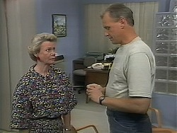Helen Daniels, Jim Robinson in Neighbours Episode 1117