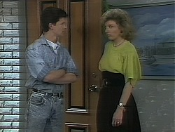 Adam Delaney, Beverly Robinson in Neighbours Episode 1117
