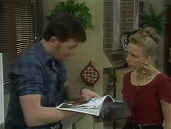 Des Clarke, Bronwyn Davies in Neighbours Episode 1118