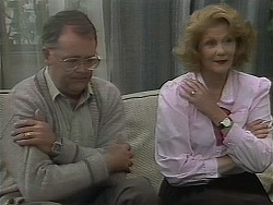 Harold Bishop, Madge Bishop in Neighbours Episode 1118