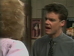Madge Bishop, Paul Robinson in Neighbours Episode 1119