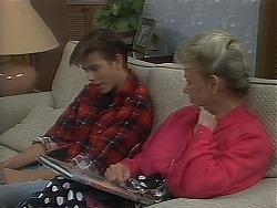 Todd Landers, Helen Daniels in Neighbours Episode 1120