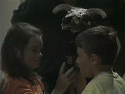 Lochy McLachlan, Toby Mangel in Neighbours Episode 1123