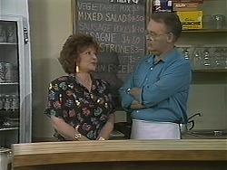 Gloria Lewis, Harold Bishop in Neighbours Episode 1123