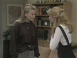 Bronwyn Davies, Melanie Pearson in Neighbours Episode 1124