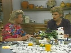 Helen Daniels, Beverly Marshall in Neighbours Episode 1125