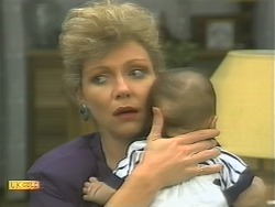 Beverly Robinson, Baby Rhys in Neighbours Episode 1125