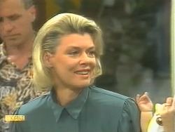 Jim Robinson, Julie Cabot in Neighbours Episode 1125