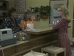 Gloria Lewis, Lee Maloney, Melanie Pearson in Neighbours Episode 1126
