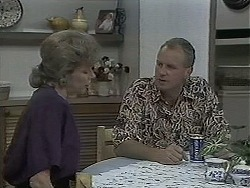 Beverly Marshall, Jim Robinson in Neighbours Episode 1126