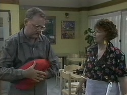 Harold Bishop, Gloria Lewis in Neighbours Episode 1126