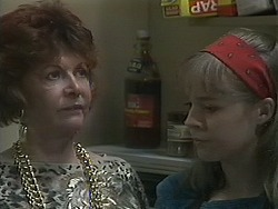 Gloria Lewis, Lee Maloney in Neighbours Episode 1126