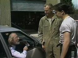 Customer, Jim Robinson, Matt Robinson in Neighbours Episode 1127