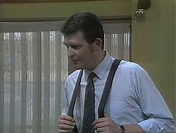 Des Clarke in Neighbours Episode 1127