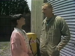 Hilary Robinson, Jim Robinson in Neighbours Episode 1127