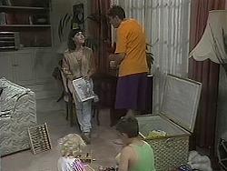 Sky Mangel, Kerry Bishop, Toby Mangel, Joe Mangel in Neighbours Episode 1128