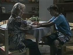 Helen Daniels, Todd Landers in Neighbours Episode 1128