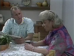 Jim Robinson, Helen Daniels in Neighbours Episode 1128
