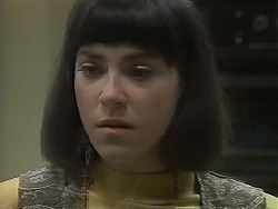 Kerry Bishop in Neighbours Episode 1128