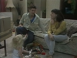 Sky Mangel, Joe Mangel, Kerry Bishop in Neighbours Episode 1129