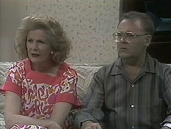 Madge Bishop, Harold Bishop in Neighbours Episode 1130