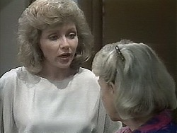 Beverly Marshall, Helen Daniels in Neighbours Episode 1130