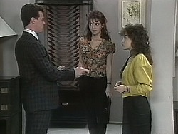 Paul Robinson, Caroline Alessi, Christina Alessi in Neighbours Episode 1131