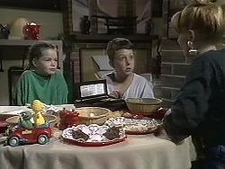 Lochy McLachlan, Toby Mangel, Melanie Pearson in Neighbours Episode 1132
