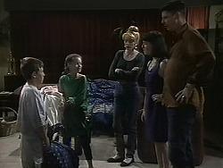 Toby Mangel, Lochy McLachlan, Melanie Pearson, Kerry Bishop, Joe Mangel in Neighbours Episode 1132