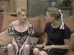 Melanie Pearson, Bronwyn Davies in Neighbours Episode 1133