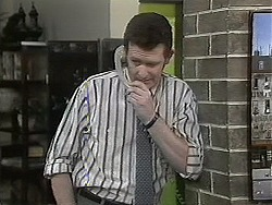 Des Clarke in Neighbours Episode 1133