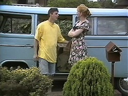 Joe Mangel, Melanie Pearson in Neighbours Episode 1133