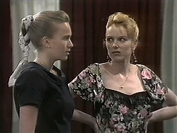 Bronwyn Davies, Melanie Pearson in Neighbours Episode 1133