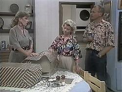 Beverly Robinson, Helen Daniels, Jim Robinson in Neighbours Episode 1134