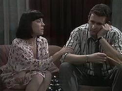 Kerry Bishop, Des Clarke in Neighbours Episode 1134