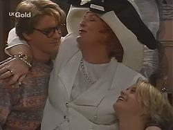 Brett Stark, Cheryl Stark, Danni Stark in Neighbours Episode 2513