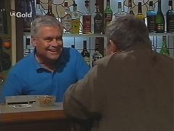 Lou Carpenter, Flakey (Gordon Orchard) in Neighbours Episode 2513