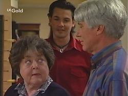 Marlene Kratz, Sam Kratz, Patrick Kratz in Neighbours Episode 2513